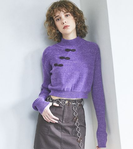 CN Knot Button Knit